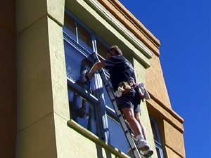 washing exterior commecial windows